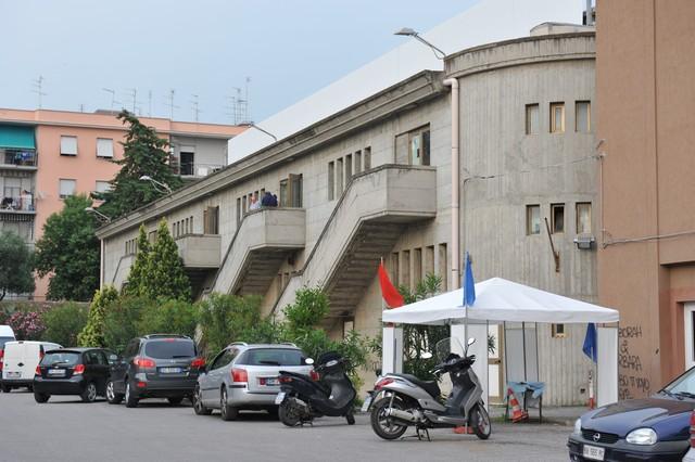 Parcheggio del Palazzetto: i residenti chiedono che resti aperto
