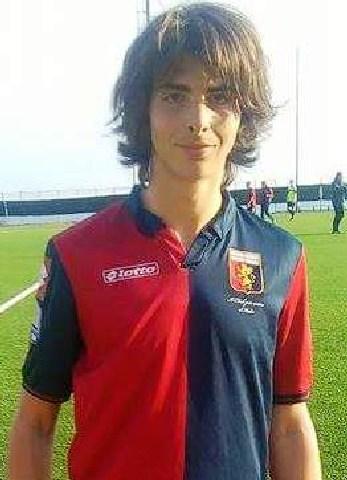 Pranzetti veste la maglia del Genoa