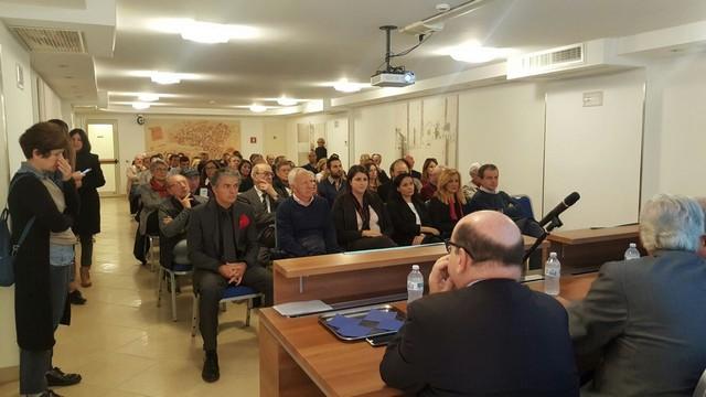 Tarquinia, grande partecipazione all'incontro dibattito su Aldo Moro