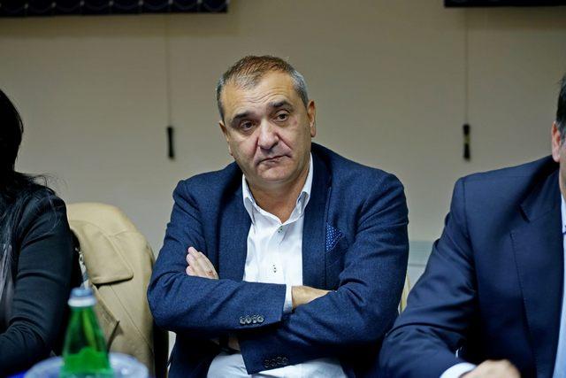 D'Ottavio: Emanuele La Rosa non vive a Civitavecchia se difende l'operato della Giunta