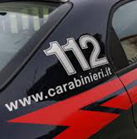 Tentano di fare shopping con carte di credito rubate: arrestati due cileni residenti a Ladispoli