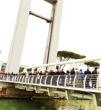 """M5s: """"Il flop del ponte 2 giugno"""""""
