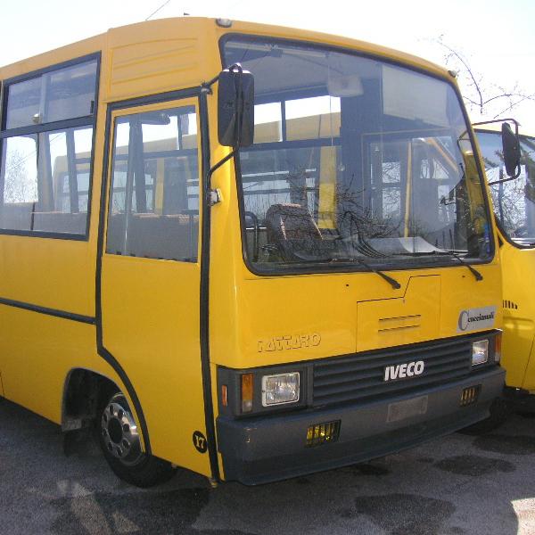 Scuolabus, cambia la ditta: famiglie e operatori preoccupati