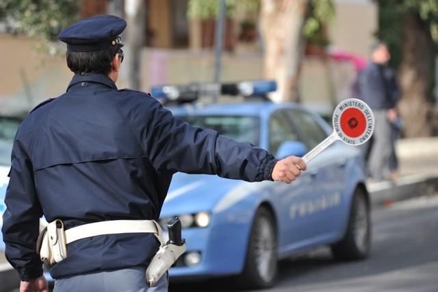 Blitz antidroga della Polizia