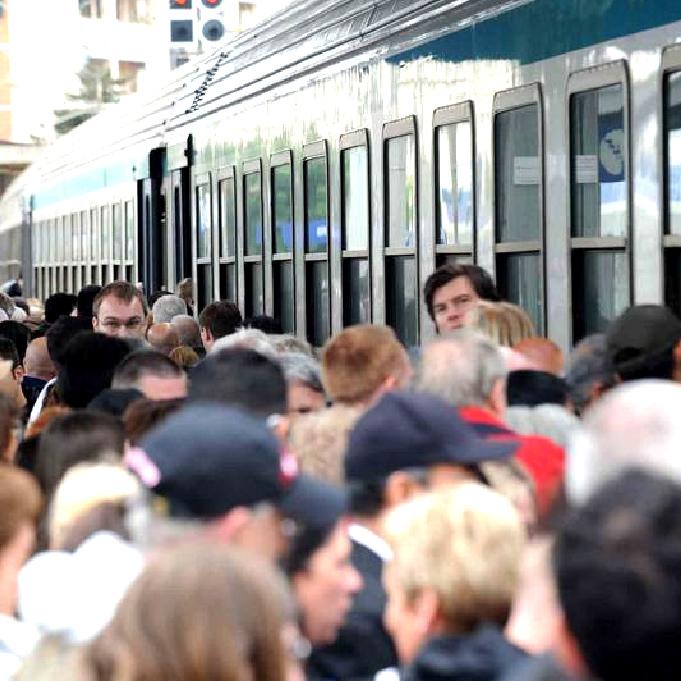 Trasporti, proclamato per domani uno sciopero di 4 ore
