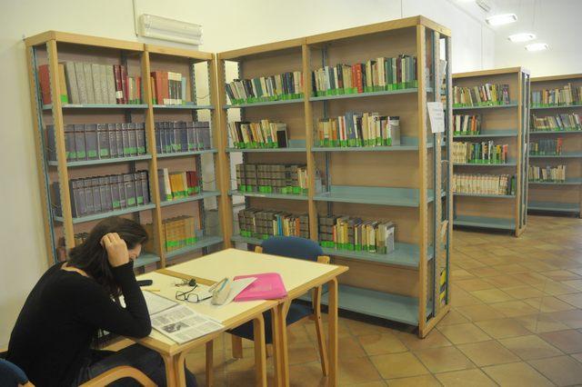 Civitavecchia, potenziato il wifi in biblioteca