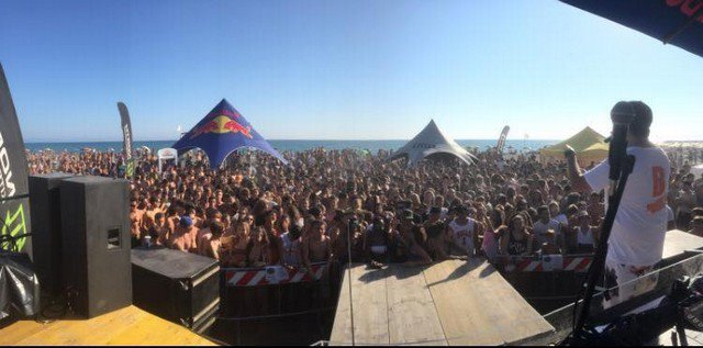 I beach party accendono le spiagge di Montalto e Pescia