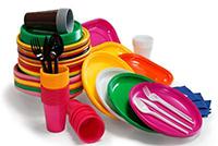 Ue, guerra alla plastica usa e getta