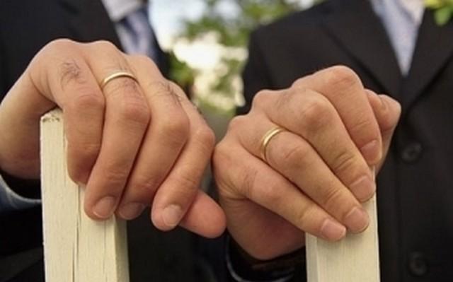 Civitavecchia, celebrata la prima unione civile omosessuale