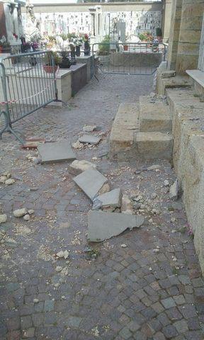 Crollo al cimitero di Allumiere: tutto è fermo