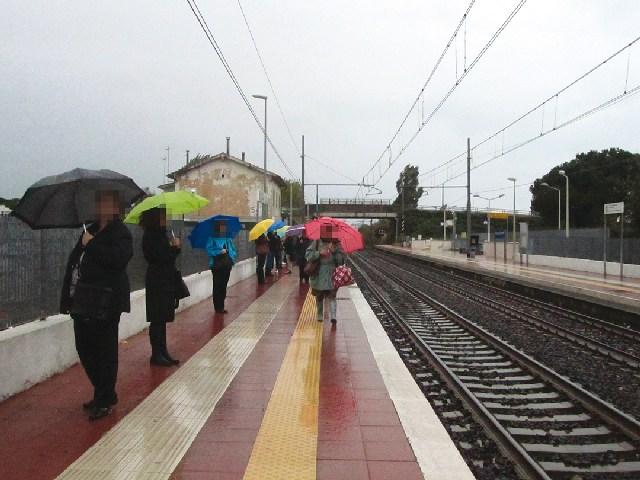 Donna aggredita nei pressi della stazione di Cerenova