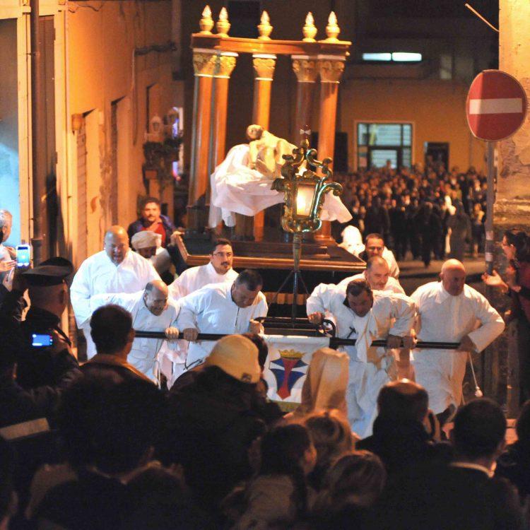 Cristo Morto, a rischio la processione