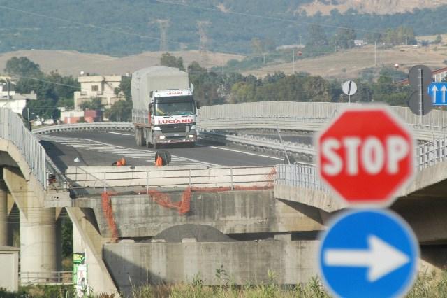 Porti. Accorpamento Civitavecchia-Abruzzo: il ministero frena
