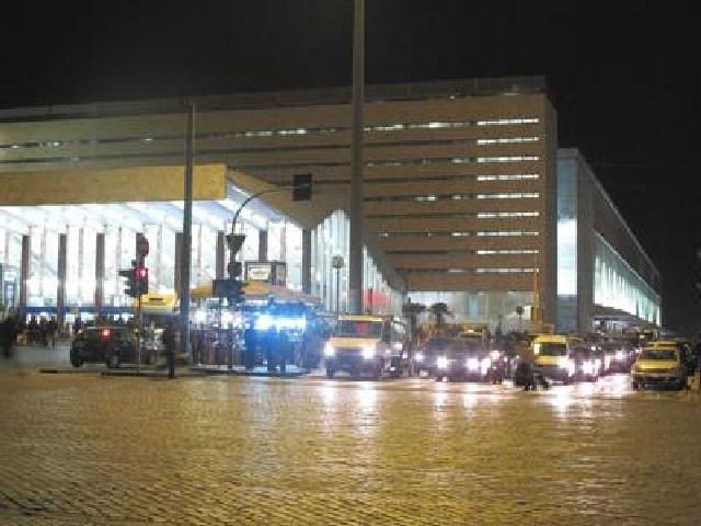 ULTIM'ORA. Allarme a Roma, evacuata la stazione Termini