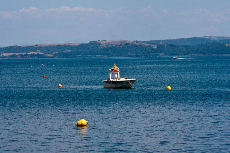 Giovane annegato nel lago di Bracciano