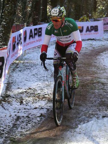 Gianfranco Mariuzzo brilla nella neve di Fiuggi