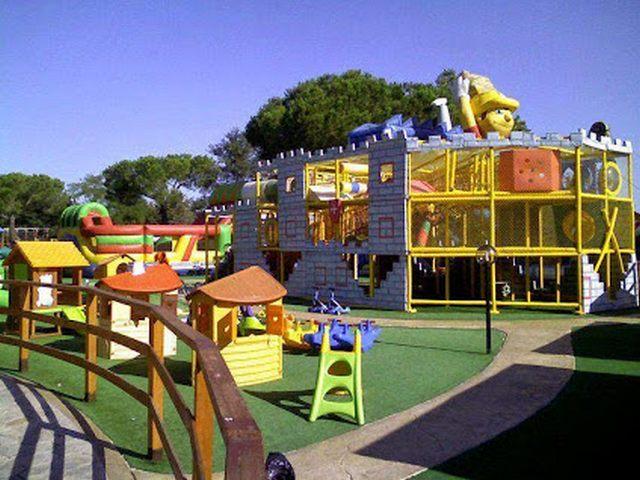 """Il sindaco: """"Il parco giochi Caerelandia è un'area pubblica e non potrà mai chiudere"""""""