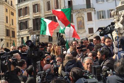 """Roma, Meloni in campo: """"Ho deciso di candidarmi, scelta d'amore"""""""