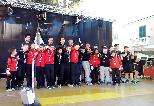 I piccoli della Santa Marinella Ring animano Piazza Trieste