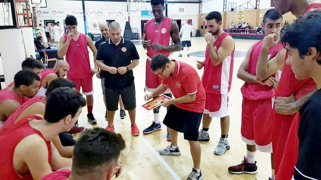 La Cestistica accelera, coach Cecchini frena