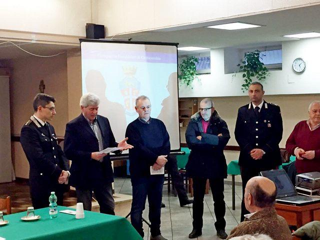 Anziani a lezione dai Carabinieri
