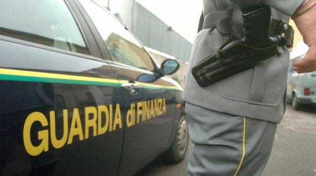Da Civitavecchia a Cagliari con 300 grammi di hashish: arrestato