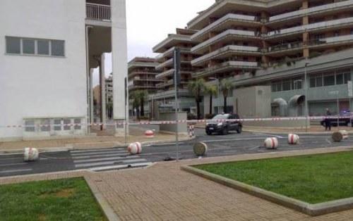 Sparatoria a Parco Leonardo: ritrovata l'auto dei due ladri
