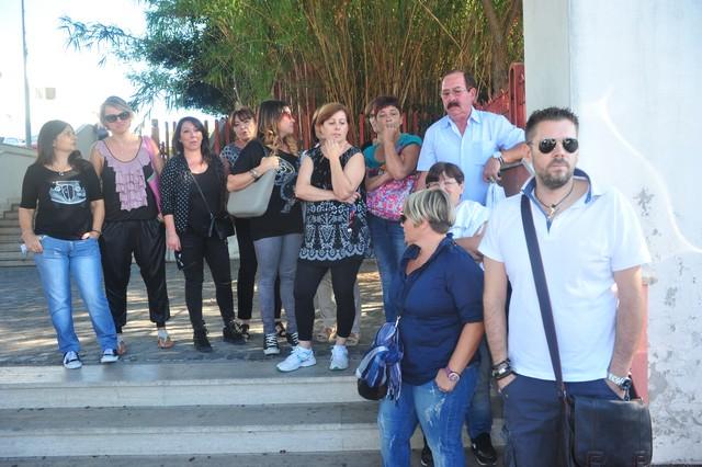 Helyos, la protesta si sposta al Palazzo di Giustizia