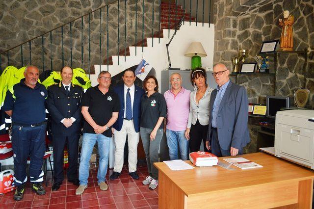 Tarquinia, defibrillatori a Polizia locale e Prociv