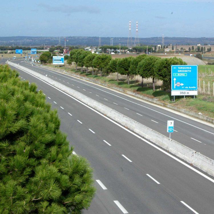 Autostrada:  guerra Tosoni-Mazzola