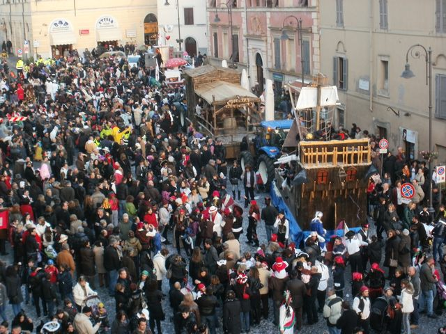 Carnevale Tarquinia, il ''Circo Loco'' invita tutti a partecipare