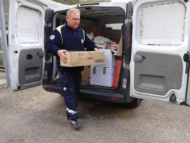 I volontari Aeopc a Visso per portare aiuti