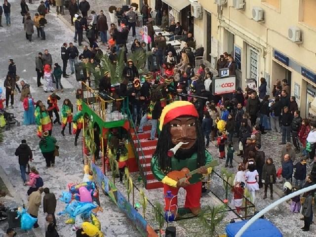"""""""Carnevalando 2016"""", balli in maschera a Montalto e Pescia"""