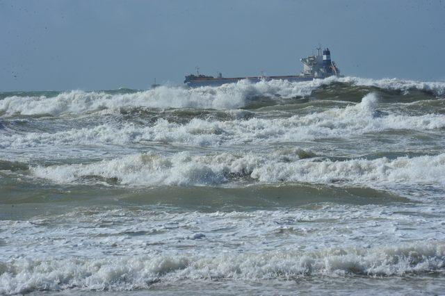 Forte vento sul litorale: danni e disagi