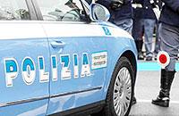 Ladri in fuga investono un poliziotto