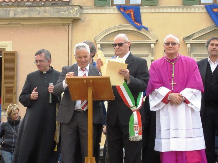 Processione, gemellaggio tra Fratelli del Cristo Risorto e Facchini di Santa Rosa