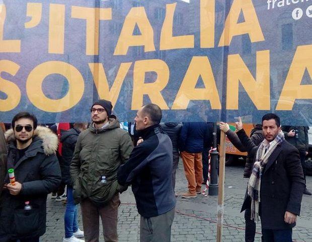 Fratelli d'Italia, anche i militanti della Perla alla manifestazione con Giorgia Meloni