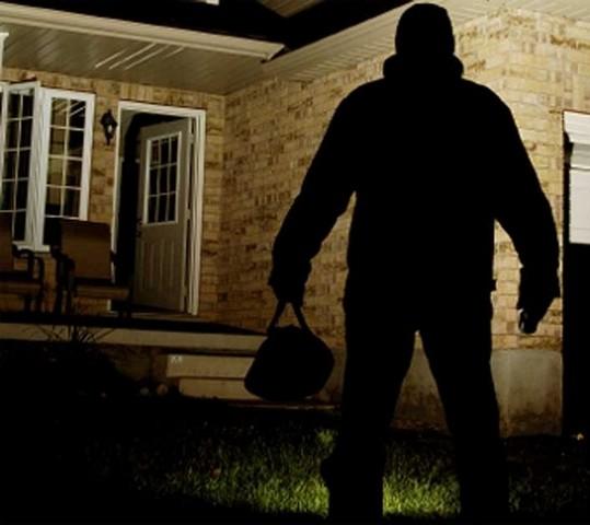 Black out elettrico: ladri in azione a Tarquinia