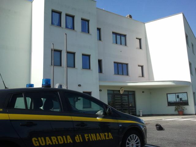 Ladispoli: tentata occupazione all'ex caserma della Gdf