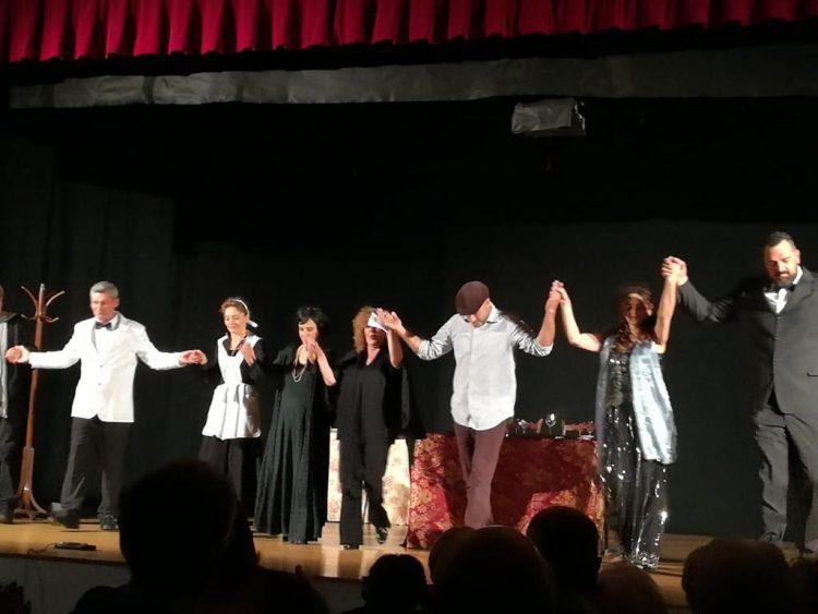 Parte la tournee della compagnia teatrale Il Barsolo