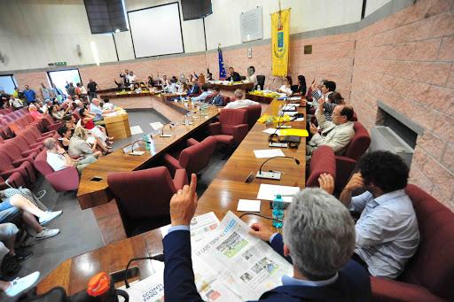 Il Consiglio tende la mano ai giovani