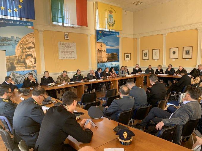 Coronavirus, in corso la riunione dell'unità di crisi