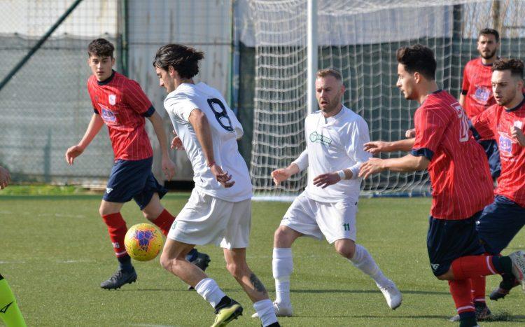 Csl Soccer e Santa Marinella non danno spettacolo: 0-0. Il Cerveteri perde colpi, il Tolfa incanta lo Scoponi