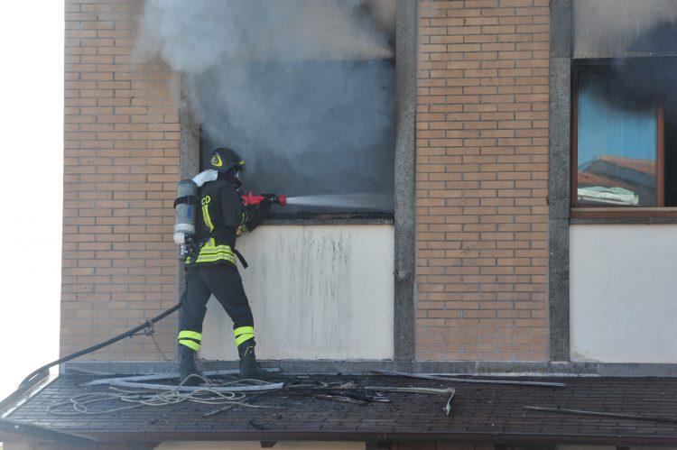Appartamento in fiamme a San Liborio