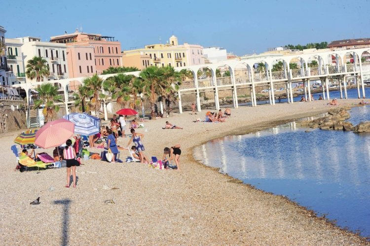 Affidamento delle spiagge: domani l'apertura delle buste