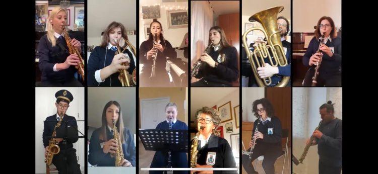 Venerdì santo, la banda Puccini porta la processione nelle case