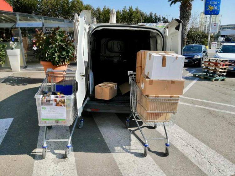 Tarquinia, via alla raccolta continuativa per le famiglie in difficoltà con Semi di pace, Croce rossa e Eurospin