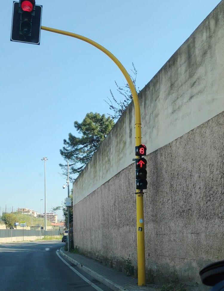 """D'Ottavio (FI): """"Attivo il timer al semaforo di via Castronovo"""""""