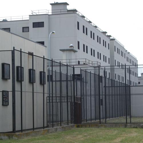 Coronavirus, oggi altri 100 tamponi in carcere