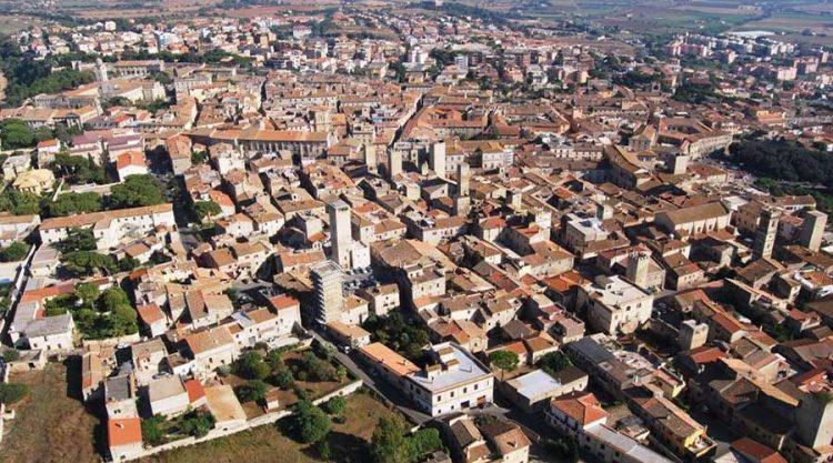 Alla scoperta del centro storico di Tarquinia